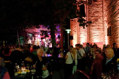 Hiltruper Weinfest 2015: Stimmung vor der Bühne