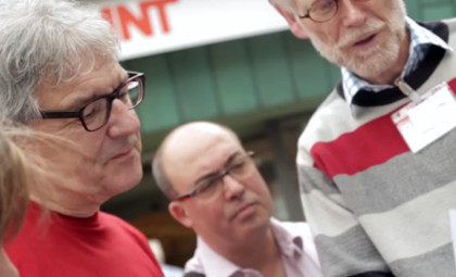 Wahlkampfauftakt in Berg Fidel: Christoph Strässer und Henning Klare am Informationsstand der SPD Hiltrup-Berg Fidel