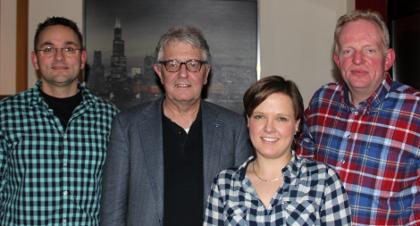 Christoph Strässer stellt die Ratskandidaten vor: (v.l.) Christian Deutsch, Julia Suuck und Hermann Geusendam-Wode