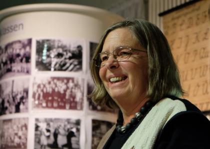 Gerda Hegel verabschiedet zufriedene Zuhörer